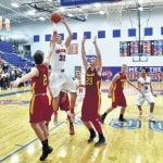 Pioneers cruise past Golden Eagles